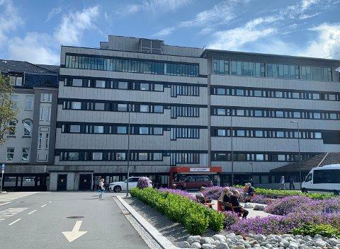 VIRUS: For tiden får én koronasmittet pasient intensivbehandling på Haugesund sjukehus.