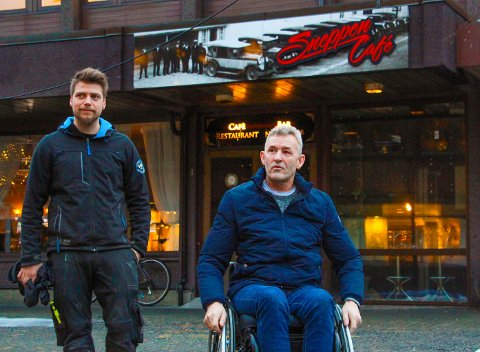 FLYTTEFOT: Per Inge Tverå (t.h) og Trond Vegard Kaspersen har mye arbeid foran seg.