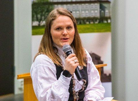 KRITISK: Leder for Folkeaksjonen for høyere utdanning på Helgeland, Jenny Myklebust.