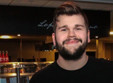 Anders Røed Bruun var daglig leder og styreleder i Surprise Drift AS. Han tok over kaféen etter sin far, Johnny Bruun.
