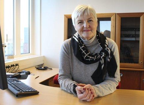 FORNØYD: Valgerd Svarstad Haugland er på plass i sitt nye kontor i Moss.