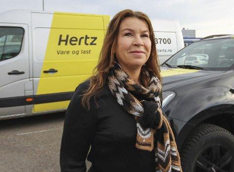 Dagens navn: Anne-Lene Paulshus Vold (46), Ekholt. Adm.dir. i Easy Rent. Gift, to barn.