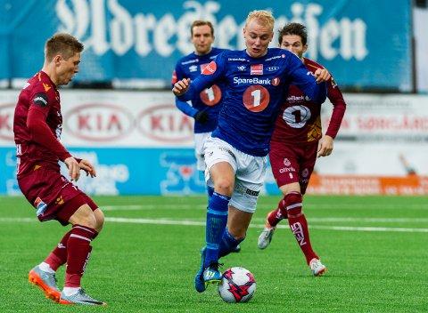 I duell med tidligere Ranheim-spiller Torgil Gjertsen, fikk Sondre Sørløkk høste eliteserieerfaring i 2018 og 2019. Her i kamp mot KBK, der laget snudde 0-1 og vant 2-1.