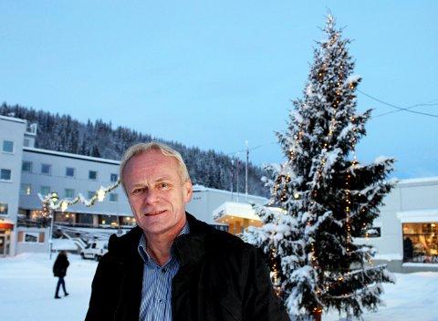 INGEN FM-STOPP: - Vi fortsetter på FM, både i Tromsø og Bardufoss, forteller Jan Johnsen, daglig leder og eier av Radio Tromsø og Radio Bardufoss. Foto: Bengt Nielsen