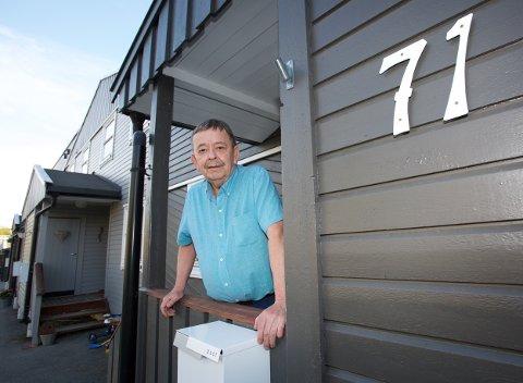 Sverre Hugo Rokstad har i et halvt år forsøkt å få folkeregisteret til å gripe inn over for en mann som har oppgitt Rokstads hus som sin adresse. Foto: Ola Solvang