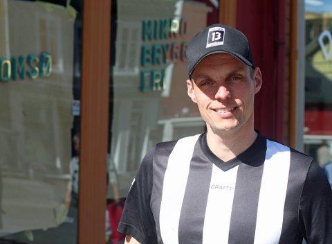 ORDNER SEG: Anders Elde i Tromsø Mikrobryggeri, er ikke bekymret, selv om Arbeidstilsynet ikke er helt fornøyd med lokalene i Storgata 78.