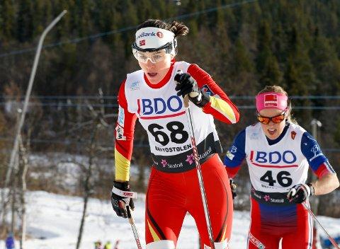 Heidi Weng gikk inn til sin andre tredjeplass på to dager under dagens jaktstart i Toblach. Her fra sesongåpningen på Beitostølen.
