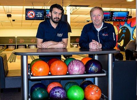 GRILL OG BOWLING: Memet Erdem kjøper bowlingen av Svein Isaksen. Dermed blir han driver av både Tjøllinggrillen og Mester'n Bowling.