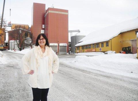 GÅR AV: Randi Skuland fratrer som daglig leder i Strand Brænderi og Strand Unikorn. Hun blir erstattet av Eirik Aass Ringnes.