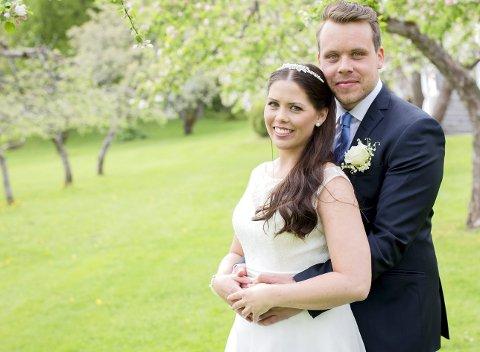 LYKKELIG GIFT? Cathrine Servold og Stian Martinsen giftet seg ved første blikk. Hvordan det går, ser du på TVNorge utover høsten.FOTO: TVNorge