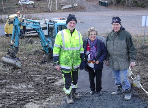 HELTER: ette er i følge innsender Jhn Arntsen ekte hverdagshelter: (fra venstre til høyre) Jan Sverre Solheim, Randi Sætre Olsen og Morten Tangen.