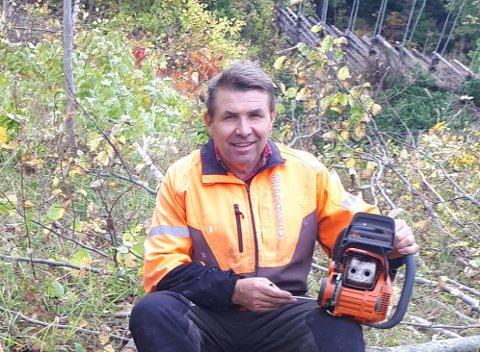 I RETTE ELEMENT: Bent-Ove Weberg trives med skogsarbeid.