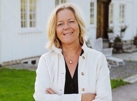 SPESIELL TID: Rektor ved Grenland folkehøgskole, Anne Apesland, gleder seg til et nytt skole år. Til tross for at mye blir annerledes.