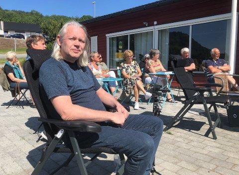 UT: HalsaListas Einar Vaagland vil intensivere arbeidet med å få Halsa-delen ut av Heim kommune. – Når folk ser hvor ille det står til med økonomien i Heim, tror jeg enda flere vil reversere sammenslåingen og få Halsa som egen kommune igjen, sier Vaagland.