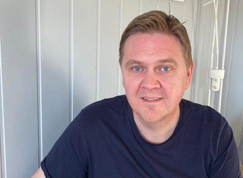 IKKE BEKYMRET: Innkjøpsrådgiver Lars Petter Farsund i Tønsberg kommune er ikke bekymret for om kommunen har nok smittevernutstyr for påsken.