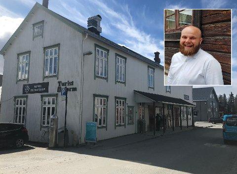 Niklas Sandbakken skal lede lokalmatkonseptet i Reiselivets hus.