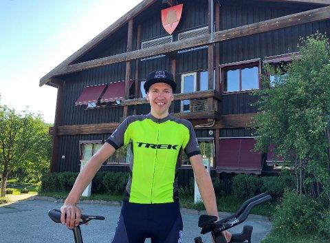 Ha kaffen klar Tolga: Justinas Leveika kom seg til Bodø som planlagt, men rekker han tilbake til Nord-Østerdalen og ny jobb i Tolga kommune før mandag morgen?