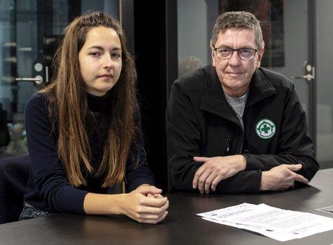 – Det er forferdelig å bli kalt jødehater og antisemitt, sier Ivi-Emilie Panayiotou, som er leder for planleggingsgruppen for arrangementet og Jorge Dahl, leder i Norsk Folkehjelp i Bergen. FOTO: EIRIK HAGESÆTER