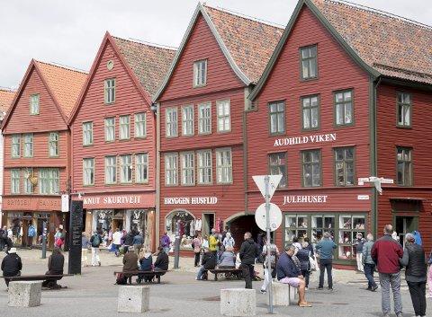 Arbeidstilsynet var på aksjon hos til sammen 36 restauranter og overnattingssteder i Bergen i september i år. Flere av de kontrollerte stedene ligger i nærheten av Bryggen.