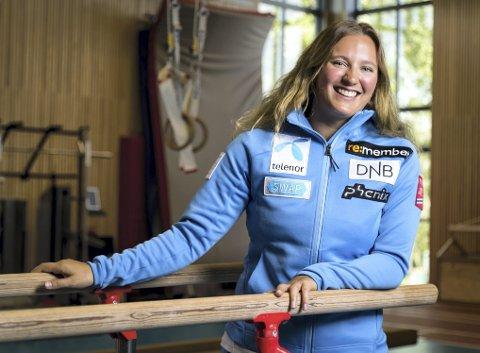 Etter år med skader, har Maria Tviberg (25) fått en god sesongoppkjøring. Åsane-jenten står på startstreken i verdenscupen når det kjøres storslalåm i Sölden lørdag.