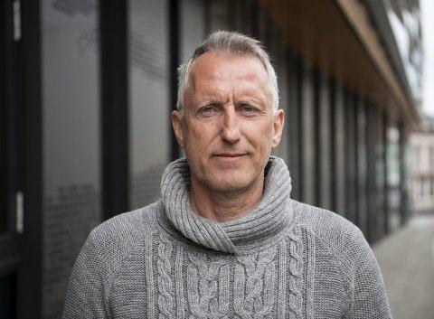 Per Hilmar Nybø har levd delvis av og definitivt for fotball hele sitt liv. Nå er hans forhold til Liverpool over. – Jeg er redd for fotballens fremtid nå. Alt er blitt kommersialisert, sier den gamle Brann-spissen, som er valutatrader i Sparebanken Vest.