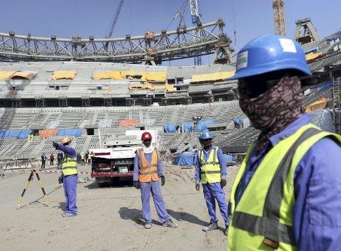 Dødsfall: Det er dokumentert korrupsjon og grove menneskerettighetsbrudd i forbindelse med det kommende fotball-VM i Qatar. Nå er det opp til alle landets fotballklubber å bestemme om Norge skal boikotte mesterskapet eller ikke.Arkivfoto: NTB