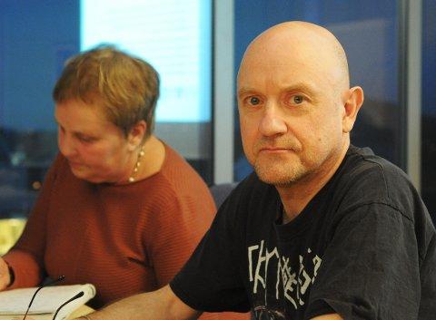 Per Åge Johnsen er ansatt i en liten kommunal stilling som erfaringskonsulent for rus og psykiatri i Bø. (Foto: Trond K. Johansen)