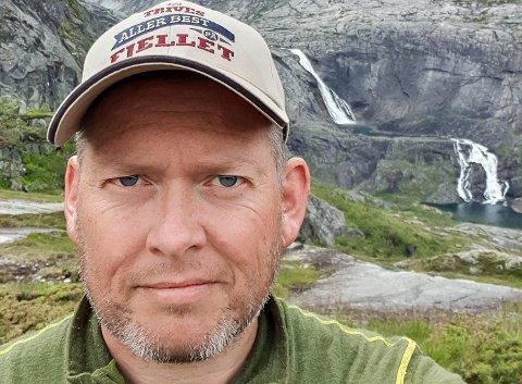 FRILUFTSMANN: – Som den friluftsmannen jeg er, trives jeg best ved skoler i landlige miljøer. Jeg gleder meg stort til  å starte som rektor ved Sigdal ungdomsskole, sier Sondre Nordli.