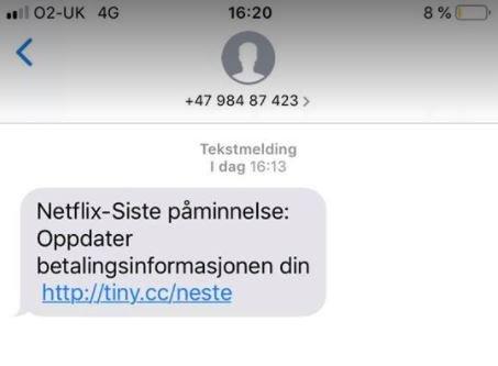 SVINDEL: Flere av Drammens Tidendes journalister har mottatt denne meldingen fredag kveld.