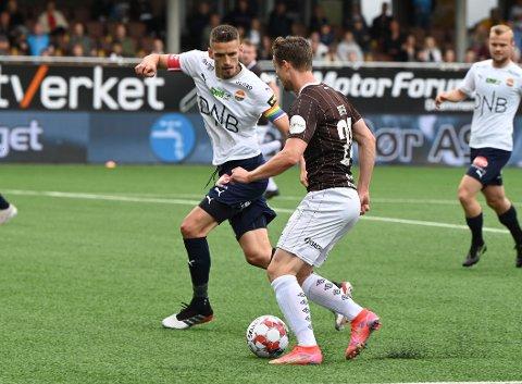 Strømsgodset og Mjøndallen spiller hver sine cupkamper søndag. Følg kampene på dt.no.