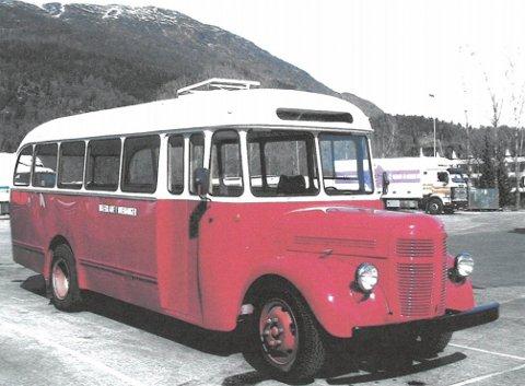 Denne Volvo-bussen frå 1952 var Abraham Terdal og Rutebilane i Bremanger sin. No er den snart ferdig oppussa og EU-godkjent.