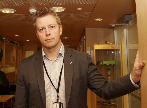 Statssekretær Tommy Skjervold (Frp) i Samferdselsdepartementet lovar at departementet vil lytte til alle som blir ramma av det nye postforslaget.