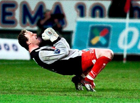 Jubelkampen: Steinar Sørlie sto en ellevill match for FFK da rødbuksene slo Rosenborg 1-0 på Lerkendal i 2005. (Arkivfoto: Geir A. Carlsson)