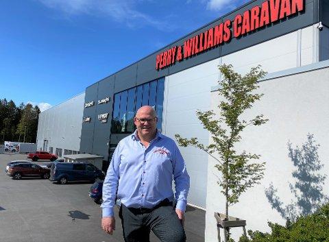 FREMGANG: Sverre William Olsen var fornøyd med 2019, men hadde ønsket seg et litt større overskudd. Han ser at flytteprosessen for Perry & Williams Caravan ble dyrere enn forventet.