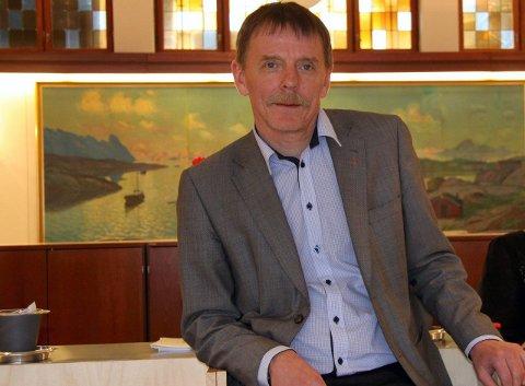UTFORDRES: Nye tider og nye bankvaner utfordrer også Sparebanken Narvik. – Alle ansatte har fått tilbud om å søke sluttpakke, men ingen tvinges til å gå, forteller administrerende banksjef Elling Berntsen.  Arkivfoto