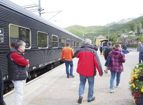 Tog på Narvik stasjon. Illustrasjonsfoto