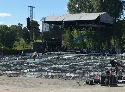 LYDPRØVE: Modern Talking har løydprøve på festningen før publikum kommer onsdag.