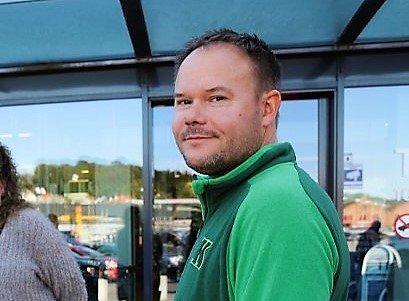 Tomas Halvorsen ved Kiwi Risum kan se tilbake på et år med kraftig omsetningsøkning, men er fullstendig klar over at situasjonen vil forandre seg så snart grensen igjen åpner.