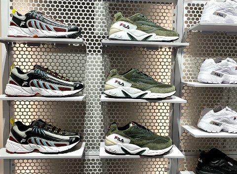 SNEAKERS: Ikke en joggesko å se. Sneax Store satser kun på sneakers.