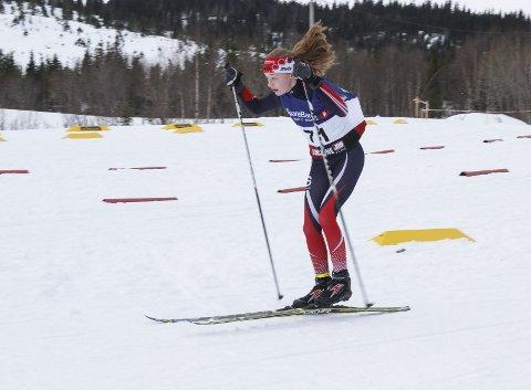 GIKK FORT: Det er Nordlandscup 5 og 6 på Aufles i helga. Lørdag gikk årets kretsmester i J14, Marte Alstad-Larsen, like fort som guttene i klassen. Foto: Per Vikan