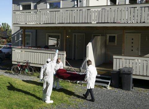 DOBBELTDRAP: Mor og sønn ble skutt på kloss hold med hagle av morens ektemann. Drapene skjedde 29. august i Kirkenes.