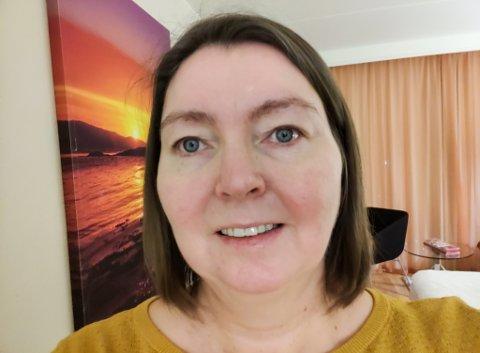 GLEDER SEG: Siv Irene Stranden (46) ser frem til å starte på utdanningen for å bli helsesykepleier. Hun mener at dette utdanningstilbudet vil være positivtfor Tana kommune.