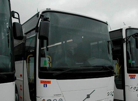 Bussrydding: Fylket setter i gang ei rydding i bussrutene i store deler av Nordland. Ønsket er å få en mer effektiv ruteproduksjon, blir det sagt.