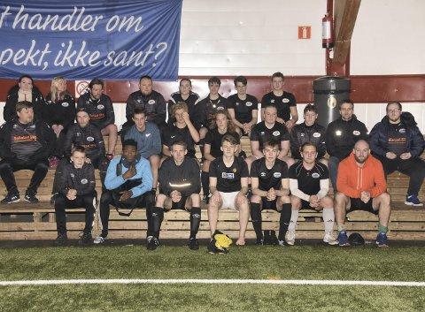 PREGET: En preget BUIL-spillerstall, sammen med klubbstyret, innser at slaget om spill i 4.-divisjon i 2020 er tapt. Foto: Eirik Eidissen
