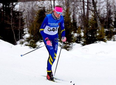 I FORM: Oline Vestad gikk fort i distanserennet i Hovedlandsrennet og beviste på nytt at hun er blant de beste i landet på sitt alderstrinn.