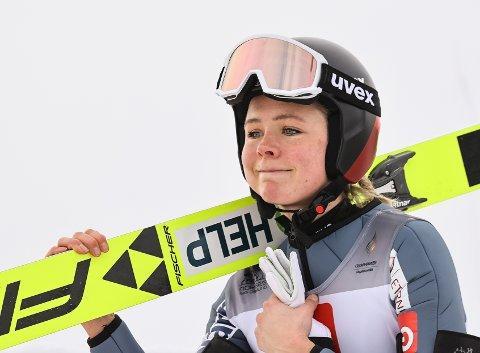 MINDRE BETALT: Maren Lundby får 95.000 kroner hvis hun tar VM-gull. Halvor Egner Granerud får 271.000 kroner dersom han vinner gull.