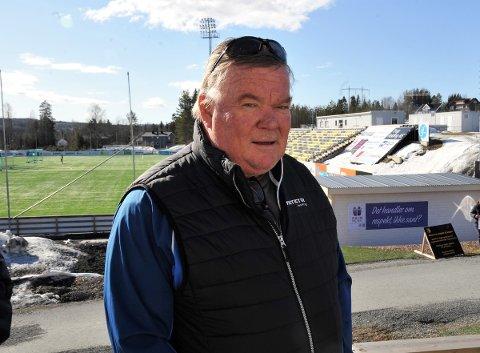STOLT: Styreleder Asgeir Sveen er veldig fornøyd med at Raufoss Fotball for første gang er ute av rød sone.