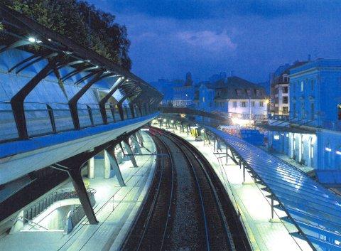Stasjonen i Zürich er av en type som Niels Torp kan tenke seg i Larvik.
