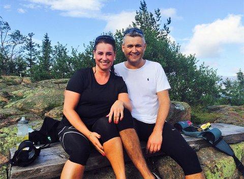 PÅ HYTTA: Susanne Strømsod (42) og Terje Ermesjø (50) har hytte på Vikerfjell.