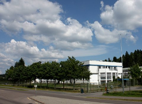 BLIR BOLIGER: I dag holder blant annet MAI-senteret til i det tidligere Panasonic-bygget på Skårersletta 50.